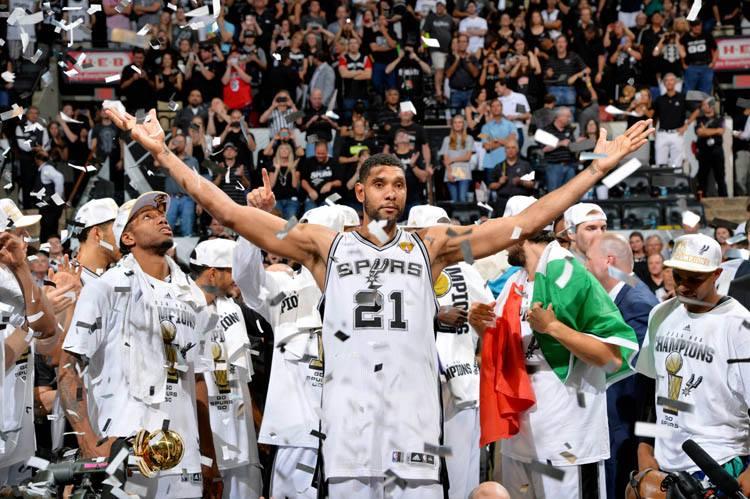 כיצד טים דאנקן והספרס הנהדרים של גמר 2014 שינו את ה-NBA לנצח – ג'קי מקמולן / תרגום Smiley