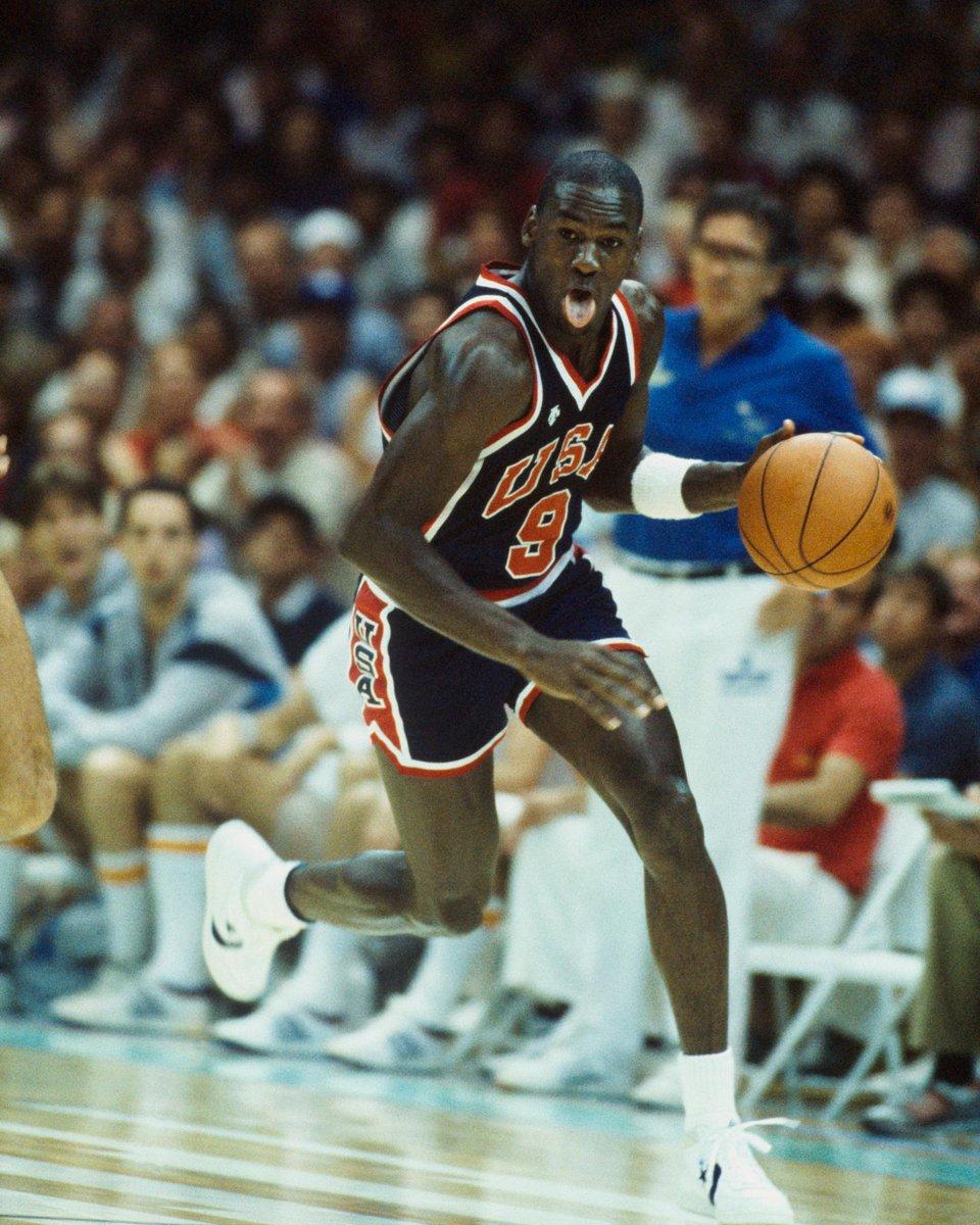 """מעשיות מייקל ג'ורדן והמבחנים האולימפיים של ארה""""ב ב-1984 – ג'ון וורטהיים / תרגום Smiley"""